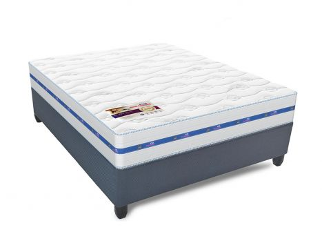 Rest Assured - Ruby 40th Anniversary Edition - Queen Size Bed Set